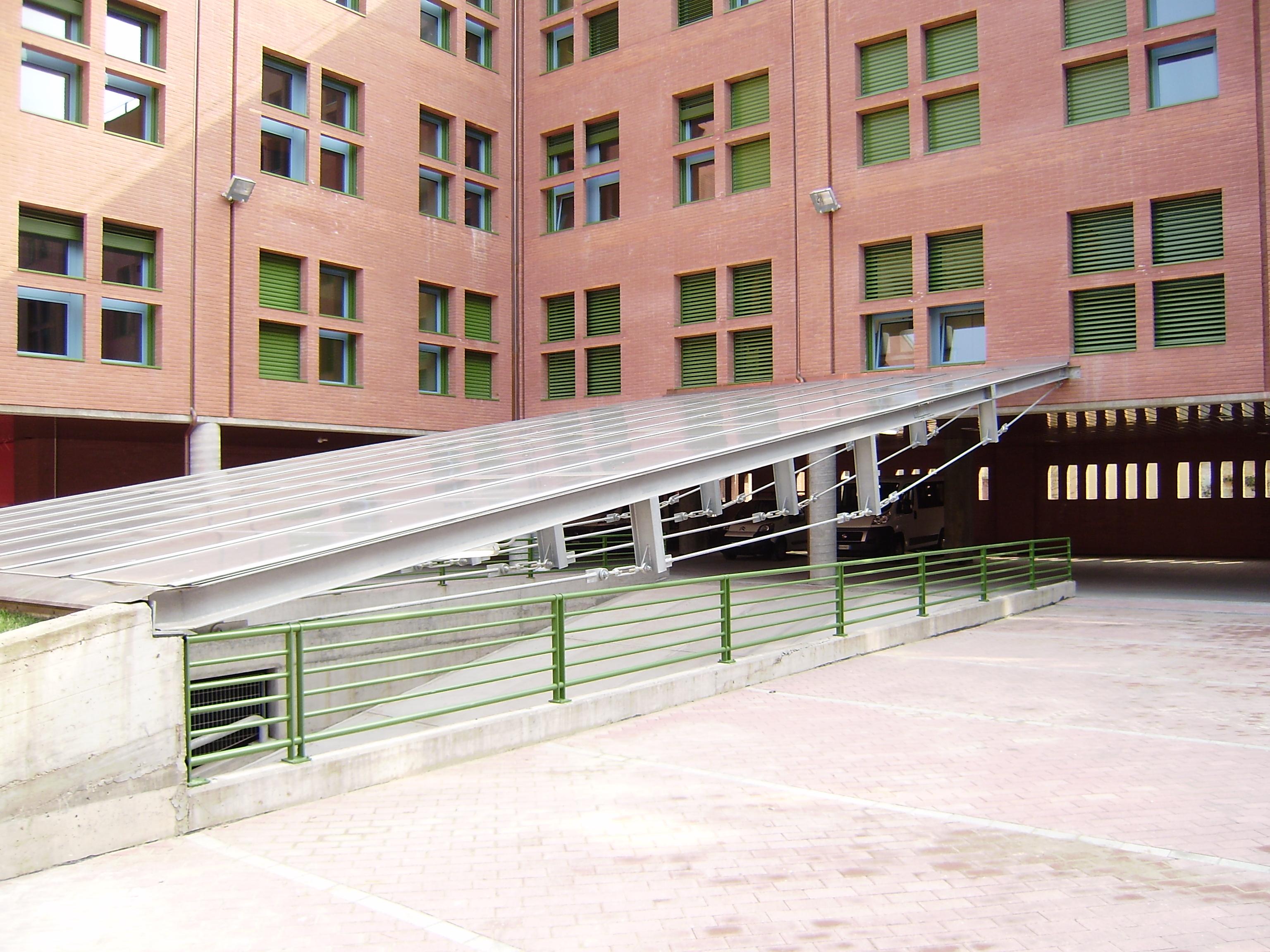 Distretto sanitario di chieri studio architettura torino for Piani di casa cortile interno
